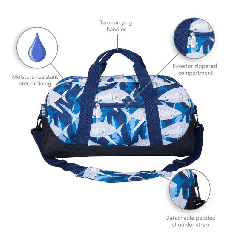 products/wildkin-overnight-duffle-bag-sharks-yum-kids-store-blue-handbag_990.jpg