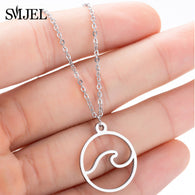 Cute necklace, in the shape of hello that will go very well with you. On the beach and anywhere