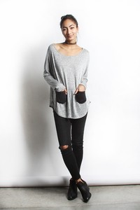 Comfortable Contrast Pocket Top