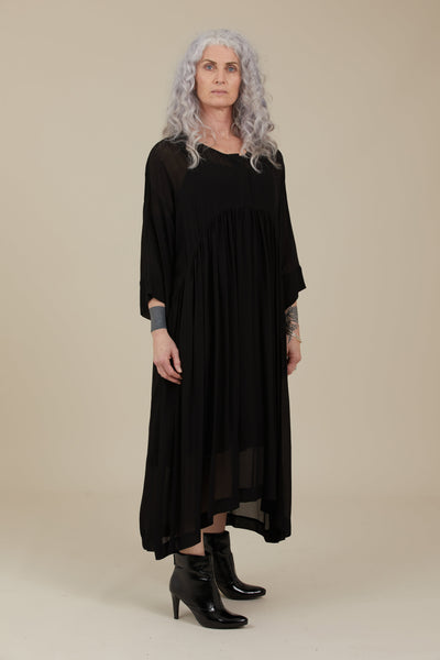 Hiona Dress (Black)