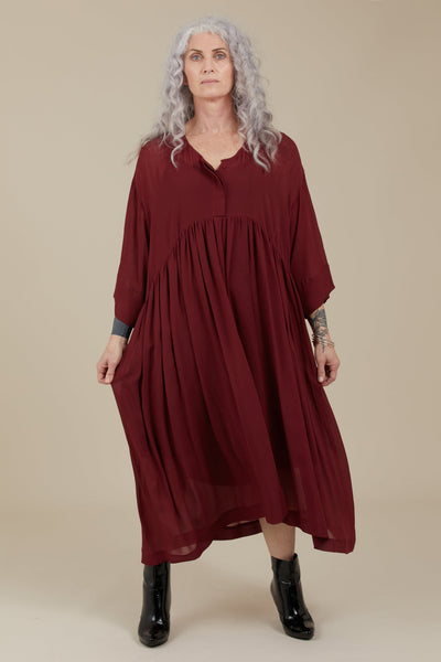Hiona Dress (Crimson)