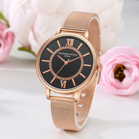 Women's Luxury Golden Quartz Wrist Watch.