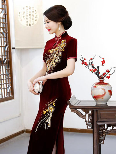 Gracious Beaded Split-side Pleuche Cheongsam