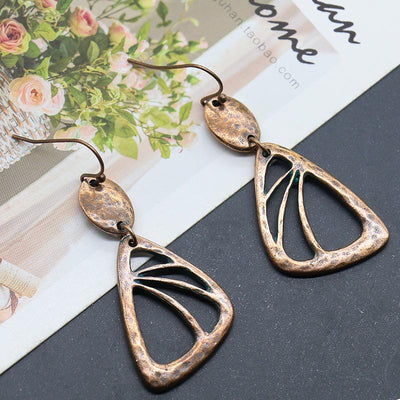 Retro openwork alloy long paragraph exaggerated earrings