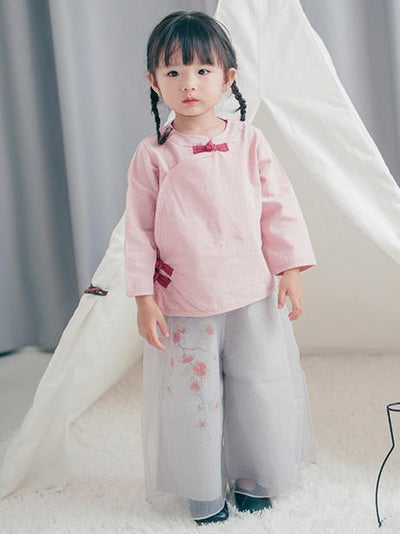 Chinese Style Original Little Girl Suit Pants and T-shirt with Floral Ornament