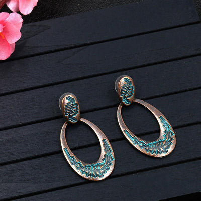 Retro oval hollow alloy pendant