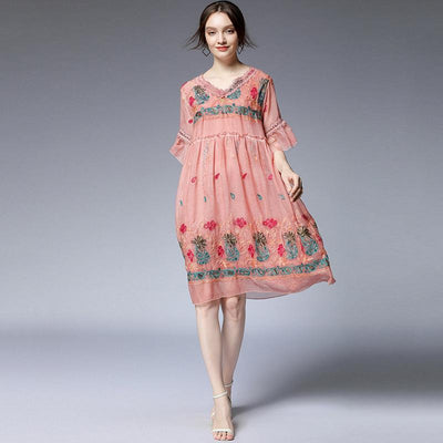 Plus Size Floral Embroidery Flare Sleeve Dress