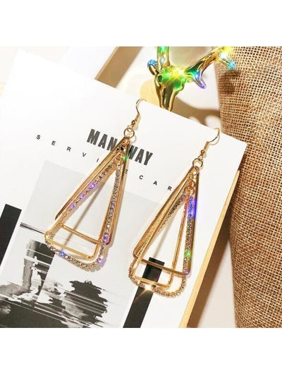 Geometric solid triangle cutout metal diamond earrings