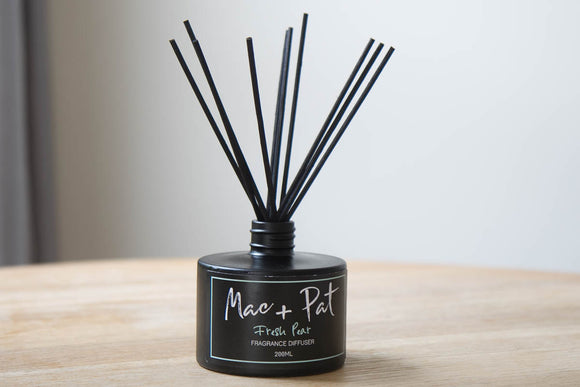 Black Reed Diffuser - Fresh Pear