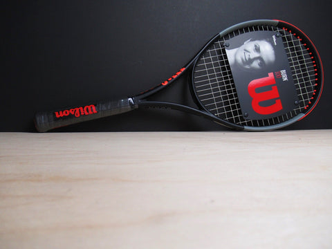 Wilson Burn 100 v4 Tennis Racket