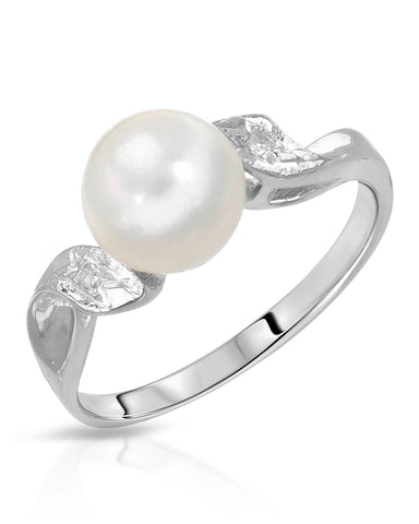 I1 Round White Freshwater Pearl 14K Gold Ladies Ring Size 6 Weight 2.6g.