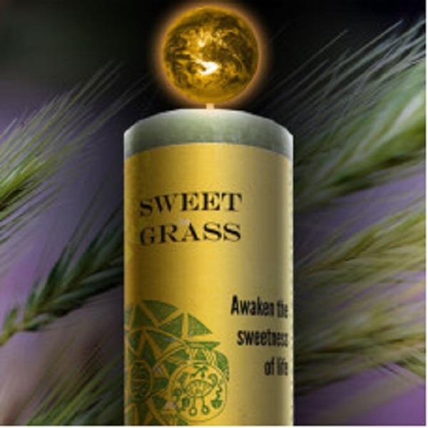 World Magic Candle - Sweegrass | Earthworks