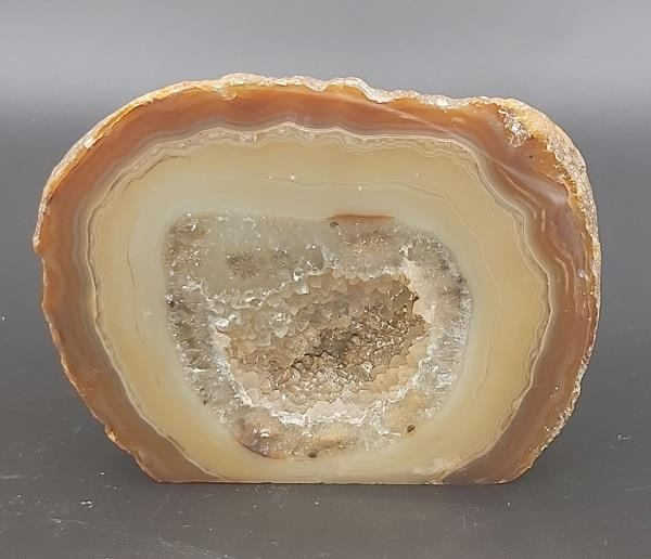 Agate Geode Approximately 348g