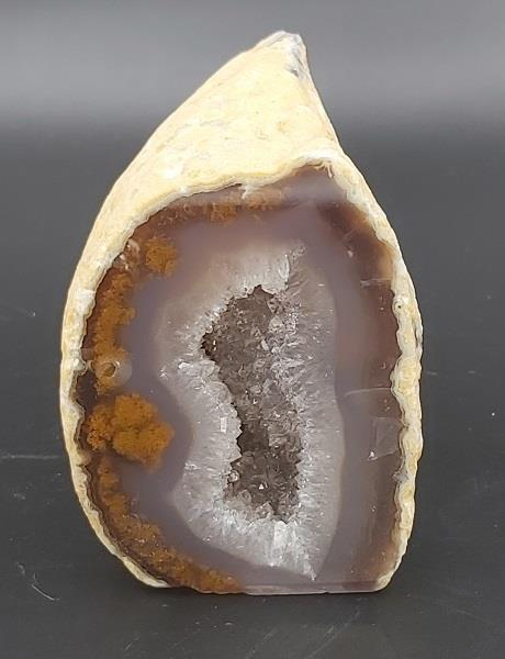 Agate Geode Approximately 311g