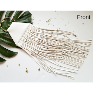 WHITE FRINGE TOP RING HANDBAG