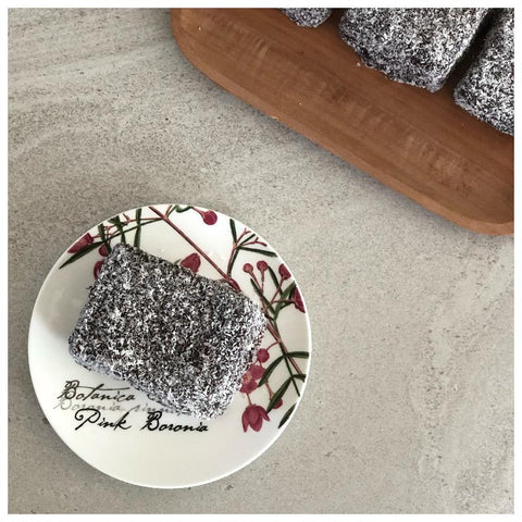 Lamingtons Coconut