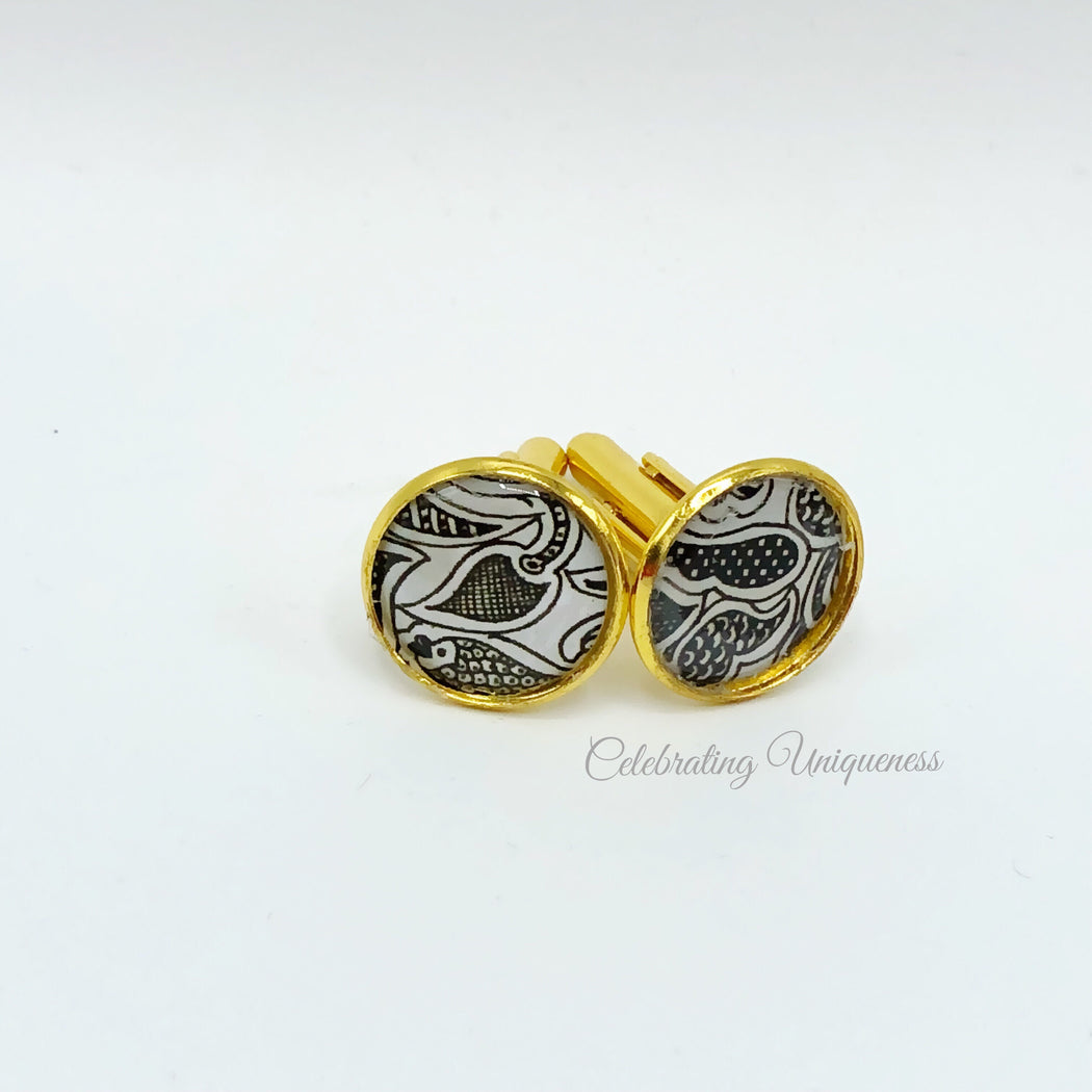 Gold Cufflinks, Dazzling gift for any occasion - MeCelebratingU