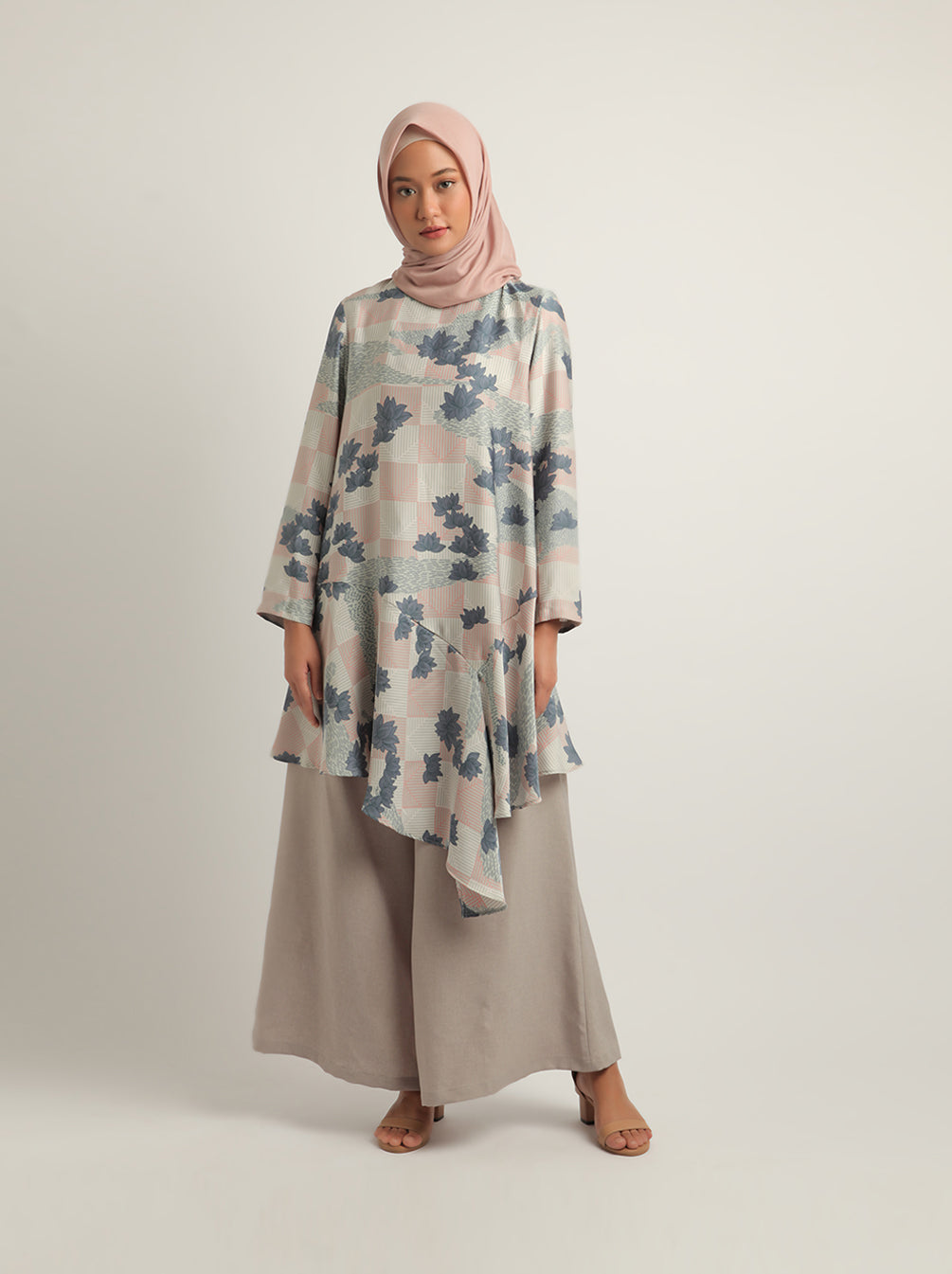 CLEONA TOP DUSTY BLUE