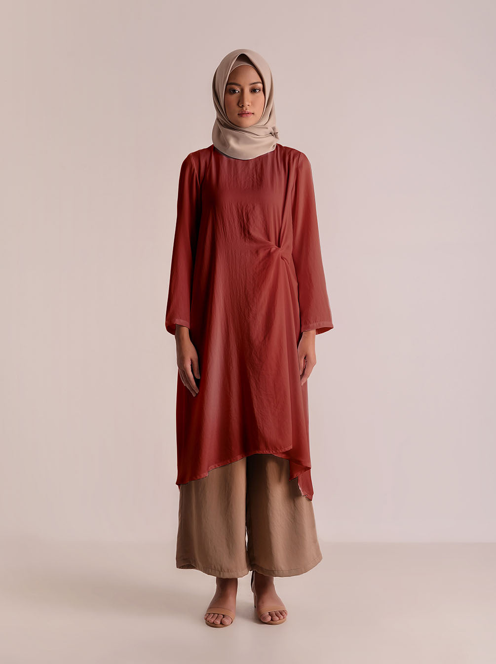 CYRA TUNIC CHERRY