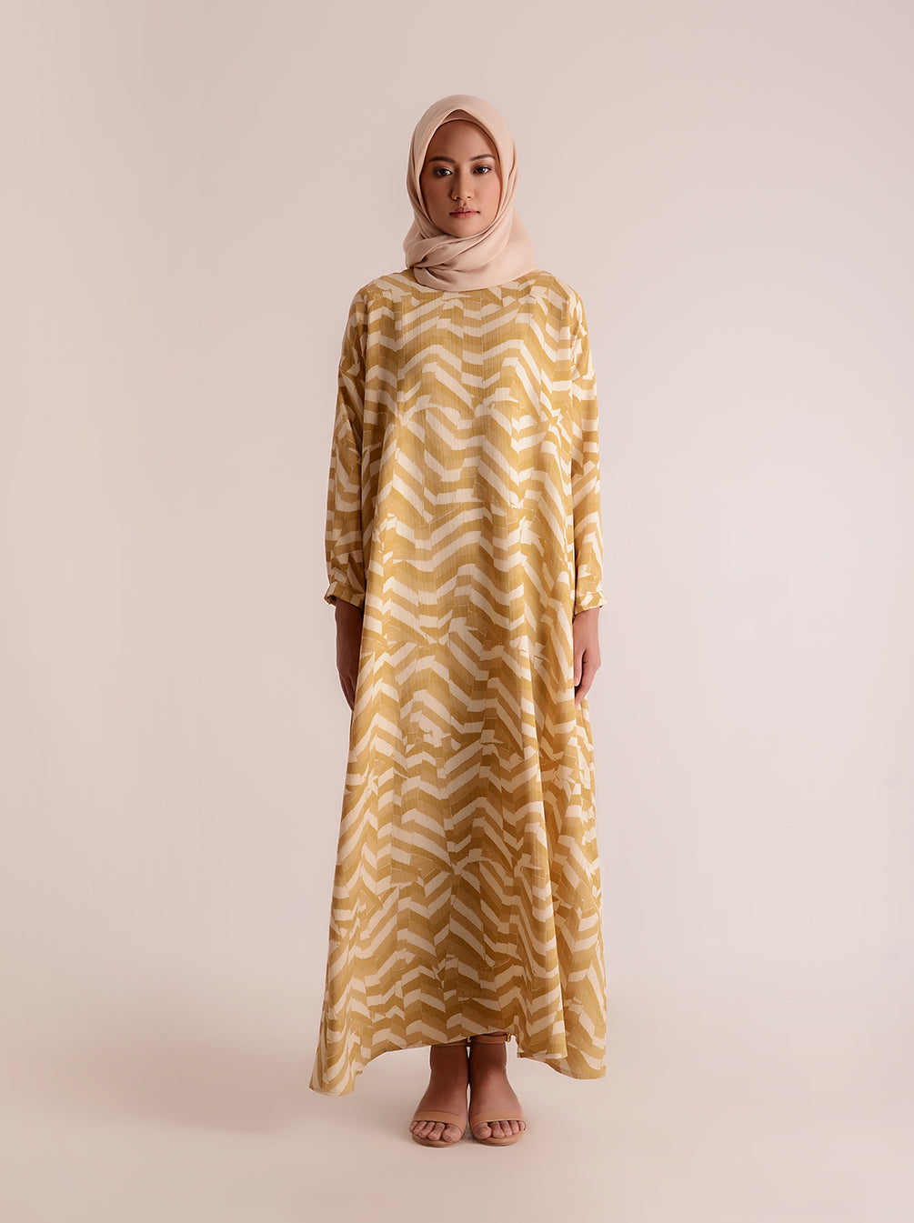 DALMA DRESS BUTTERSCOTCH