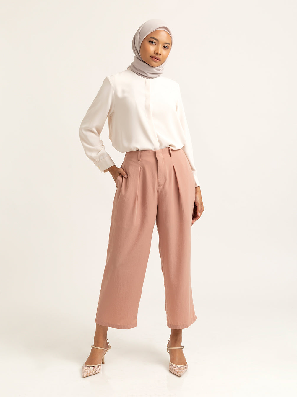 LEYZA PANTS LIGHT PEACH DUST
