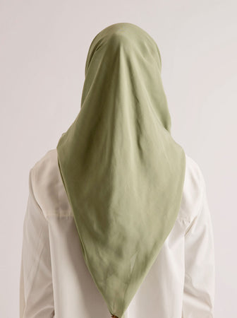 NUVOILE SCARF GREEN TEA