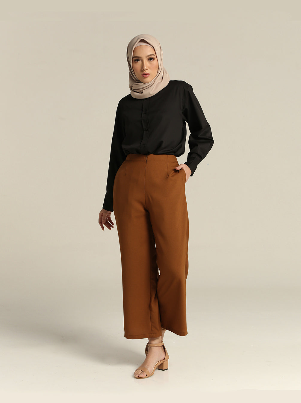SOLYA PLAIN PANTS BRONZE