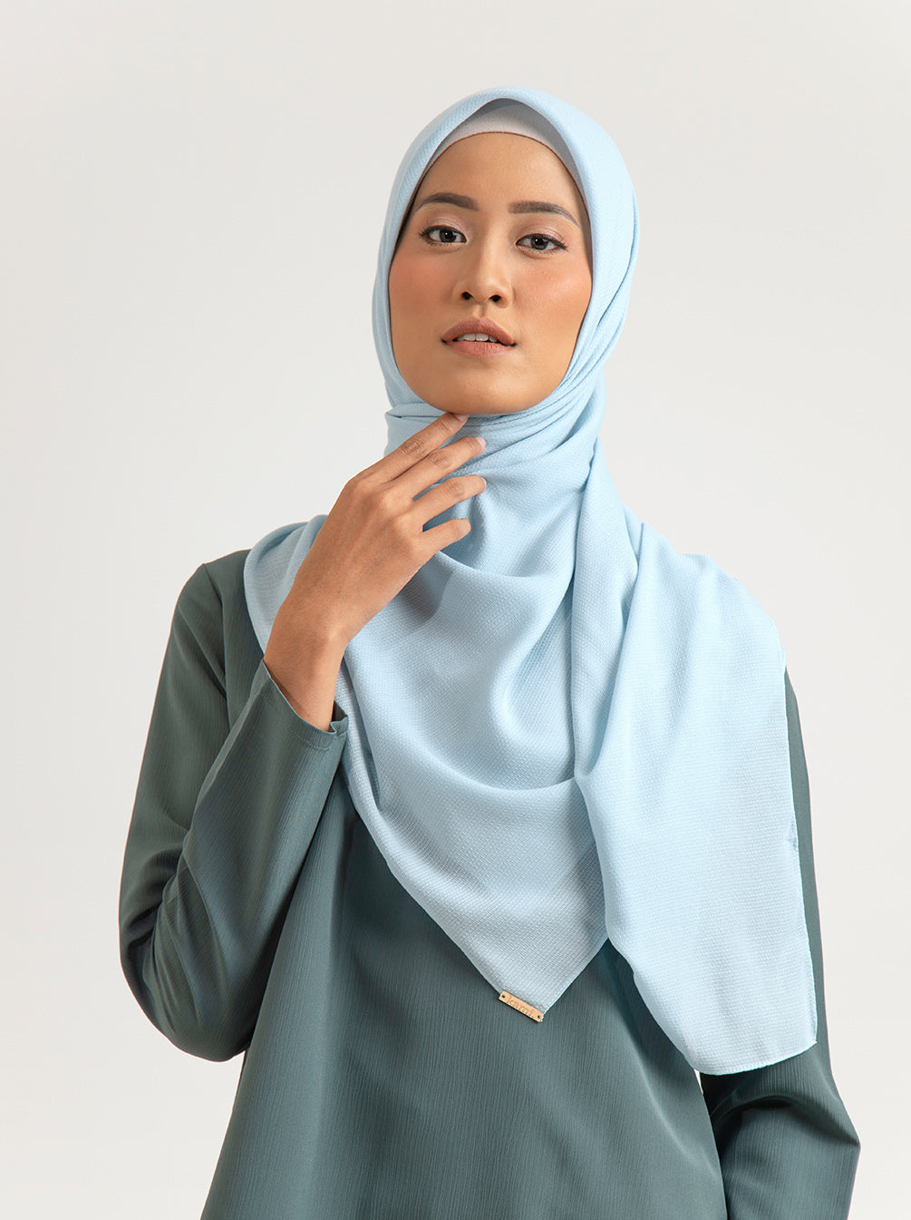 TROPIKASA SCARF PLAIN LIGHT POWDER