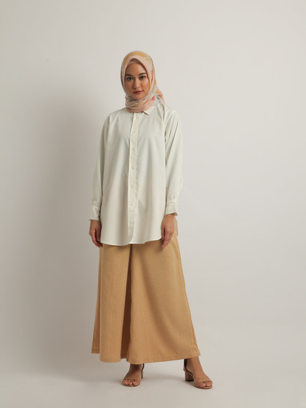 TEVY TOP PLAIN IVORY