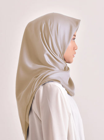 VOAL SATEEN SCARF ALMOND