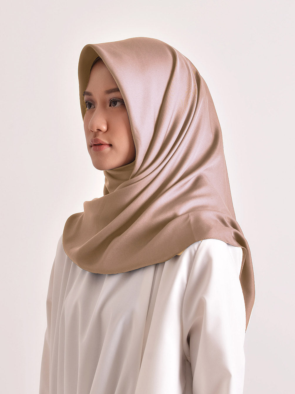 VOAL SATEEN SCARF SADDLE