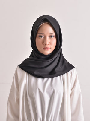 SATTEN SCARF PLAIN BLACK