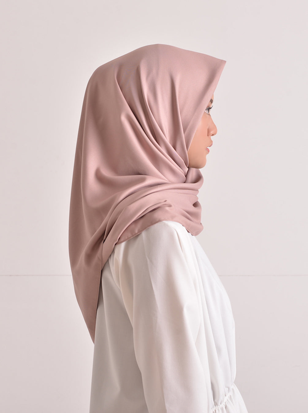 SATEEN SCARF PLAIN DUSTY PINK