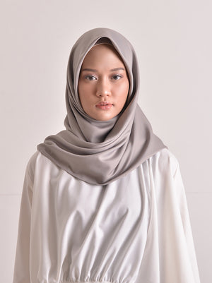 SATTEN SCARF PLAIN LIGHT STONE