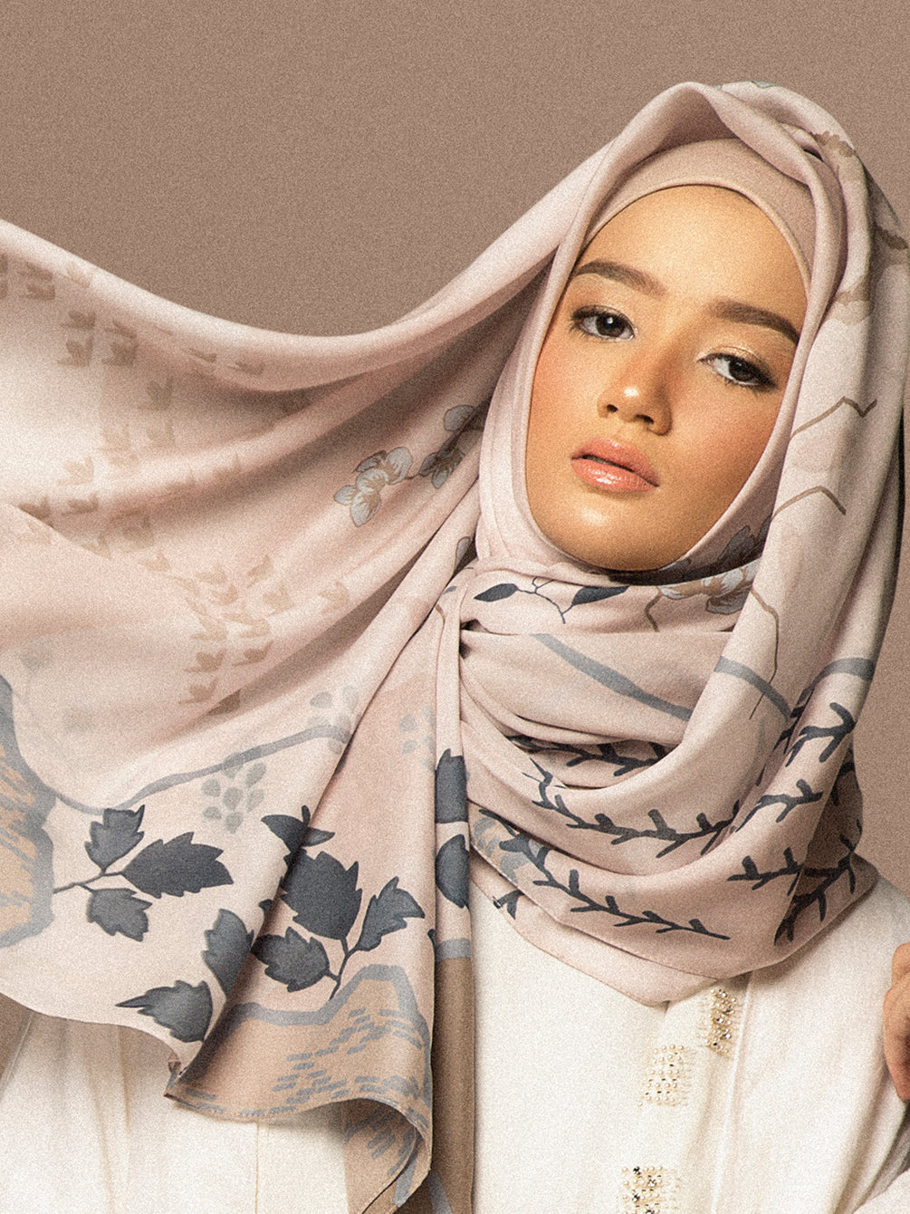 RALINE SCARF SHOFT SHELL