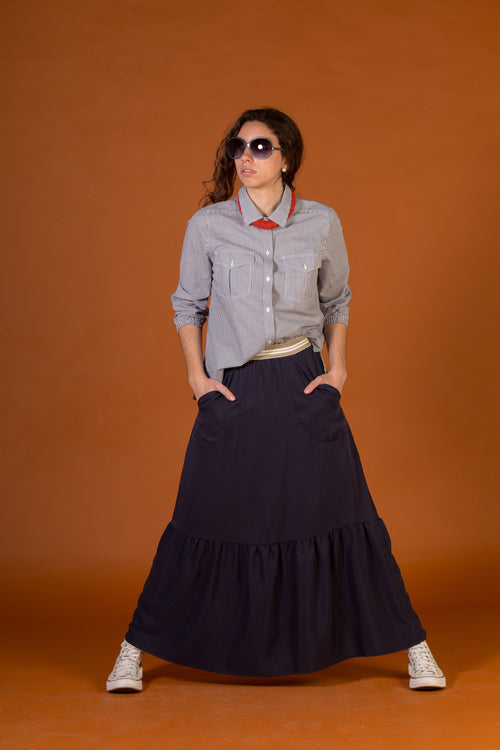 Long skirt with ruffle. Navy colour