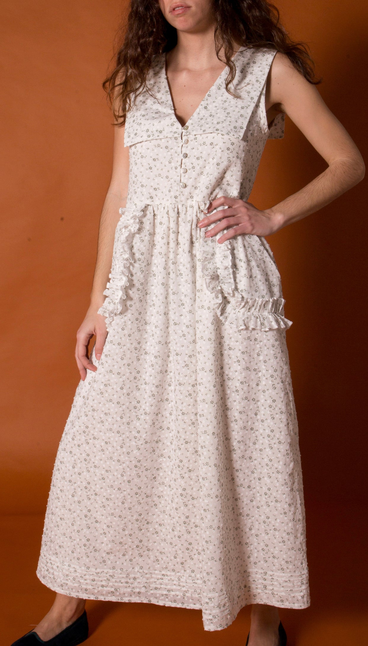 Dress with flap. Floral voile.