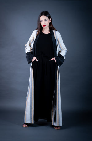 NEW ARRIVALS! Contemporary Modest Fashion with an artistic flare. Shop ladies trendy long coat/Abayas, Tunics and blouses, Kaftaans, long dresses and much more.