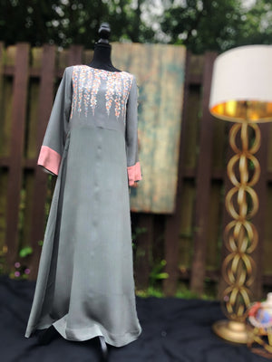 Beautiful crepe silk dress with an original Thread Palette London print. The light gray and pale pink combo is sure to make a statement.