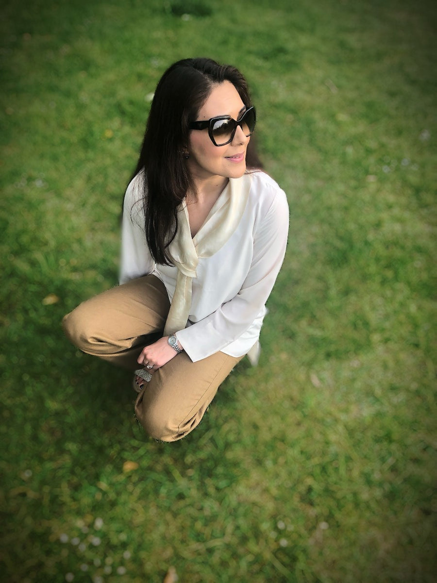 Knotted Silk Scarf Blouse (IVORY)