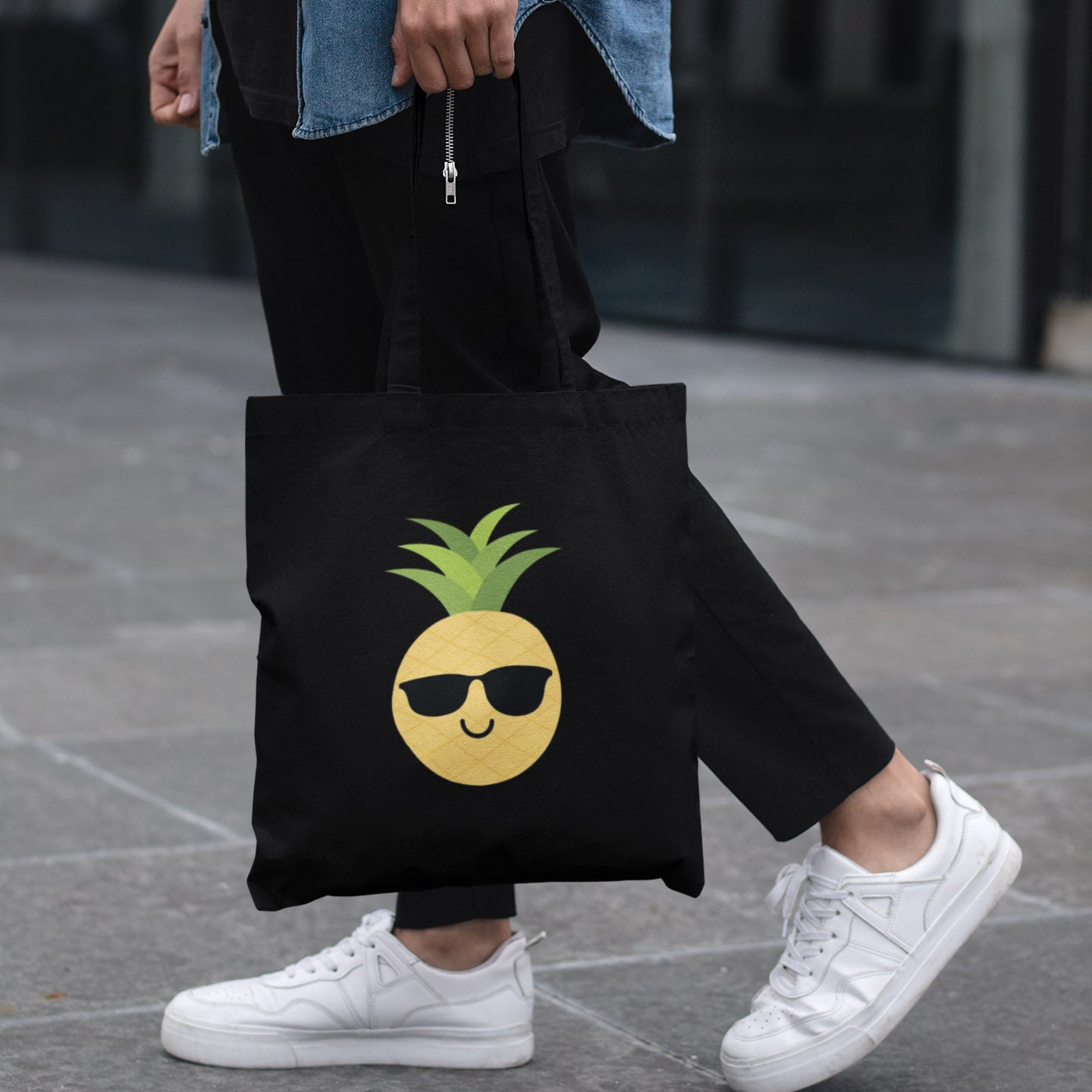 The Pineapple Everything™ Tote Bag (Black) - The Pineapple Everything