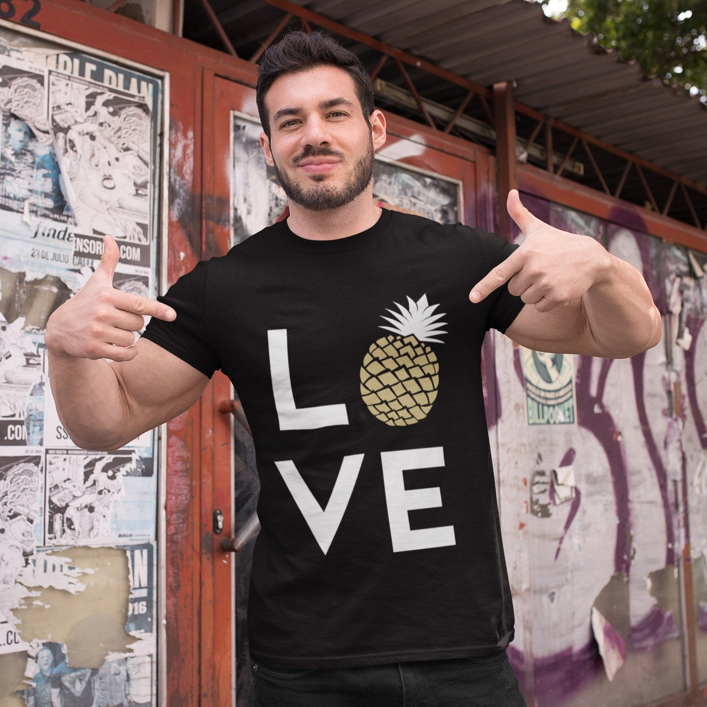 Pineapple Love Men's Tee - Happy Pineapple Co.
