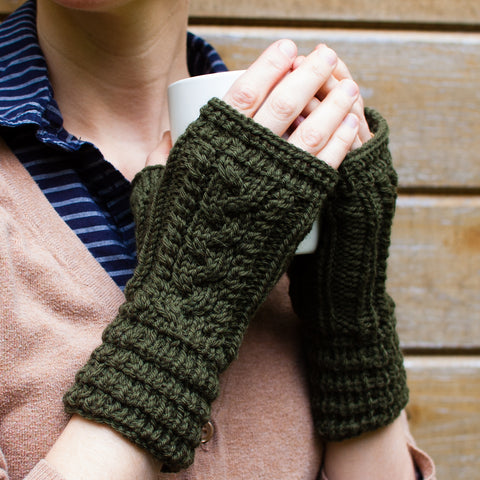 Fingerless Mittens knitting pattern with pleated cuff