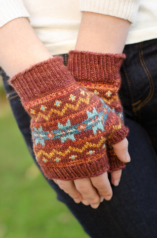 Stairsteps Mitts by Stephannie Tallent
