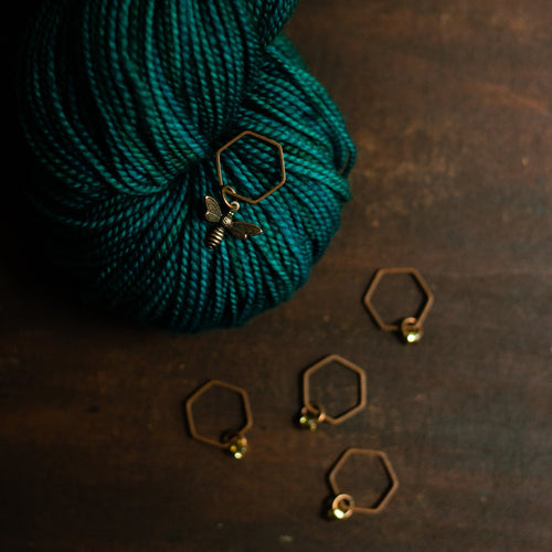 Honeybee stitch markers for knitters
