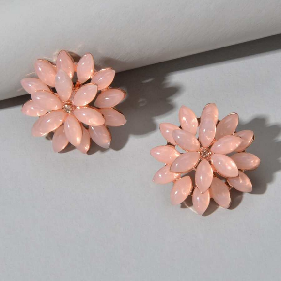 Blush Chrysanthemum Stud Earrings