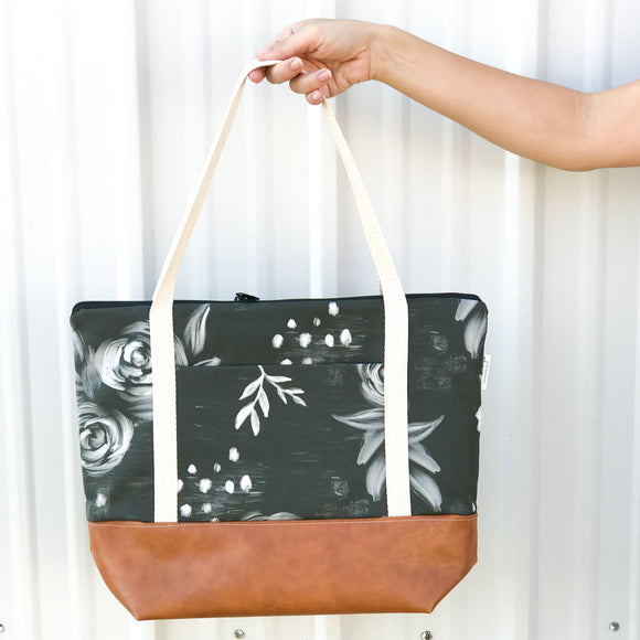Tote Bag w/Luggage Sleeve - Black Floral
