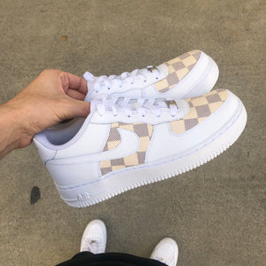 Low Top Air Force 1 LV Checkered