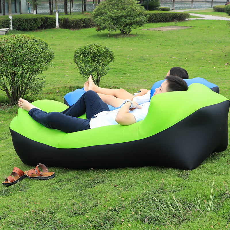 Chaise gonflable de camping ultra confortable.