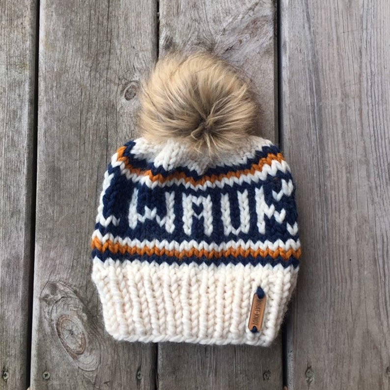 Milwaukee Knitted Hat with Fur Pom - Ivory - GILTEE